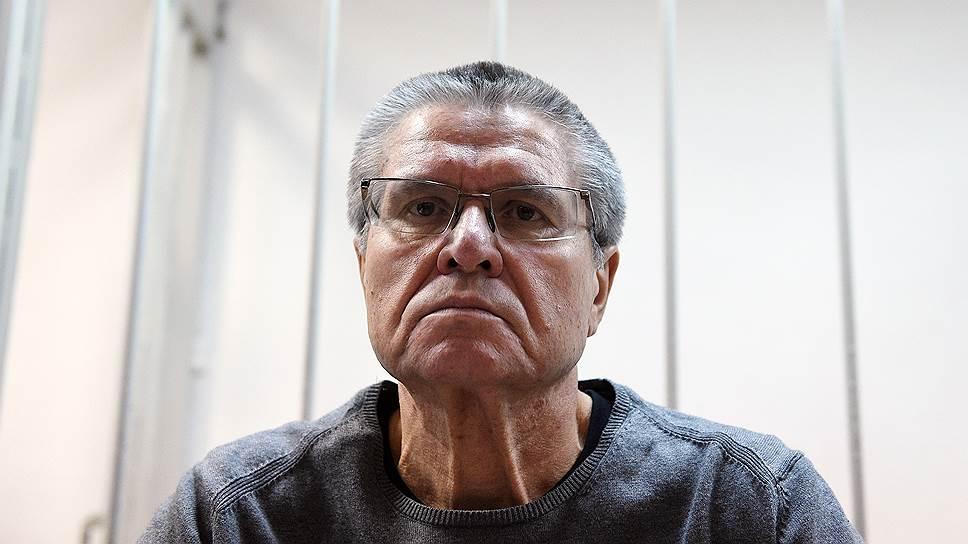 Что известно о показаниях Игоря Сечина