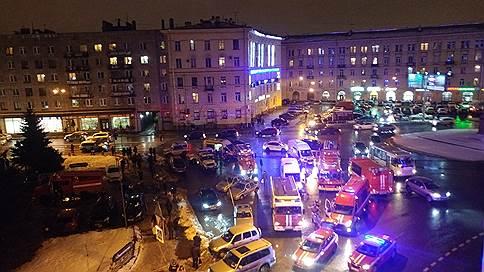 «На месте работают взрывотехники»  / Журналист в эфире «Ъ FM» — о взрыве в Петербурге