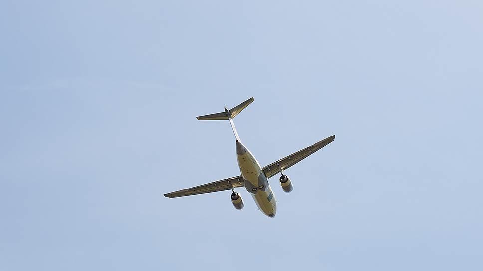 Бывший пилот гражданской авиации — о версиях падения самолета