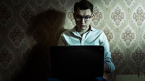 В соцсетях хотят оставить только «официальную» информацию // Как Госдума «чистит» рунет