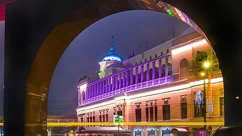 В Москве снова продают «Прагу» // Насколько привлекательным для инвесторов является лот