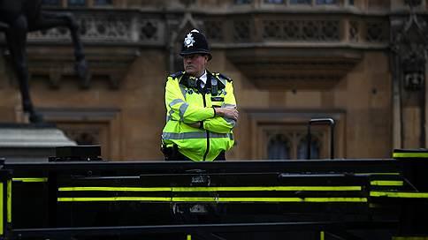 «Оказалось, это страшное и удобное оружие» // Корреспондент «Ъ FM» в Британии — об инциденте с кислотой
