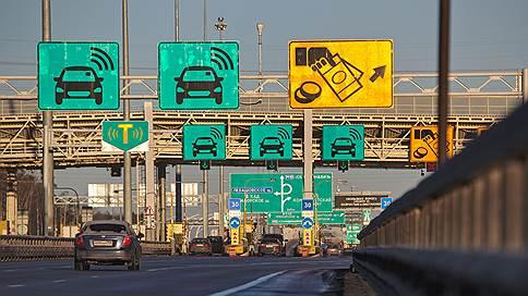 Водители заплатят за скорость // Зачем Москве нужны платные выделенные полосы