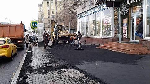 У метро «Войковская» «закольцевались» работы по укладке асфальта // С чем связана неопределенность в вопросе покрытия