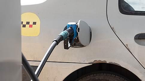 Независимые АЗС не выдерживают ценового регулирования // Чем новые правила оборачиваются для топливного рынка