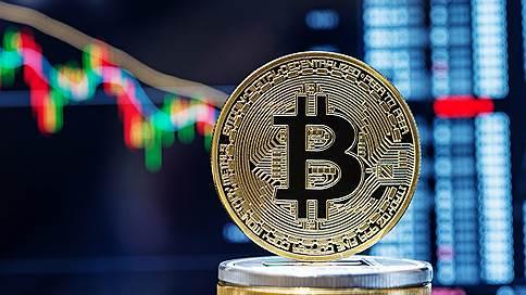 Криптовалюта «тает» в преддверии зимы  / Стоит ли покупать или продавать биткойн