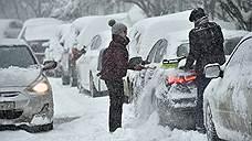 Московские дворы очистят от припаркованных авто