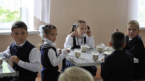Школа закроет двери для домашней еды // Какие правила разработал Роспотребнадзор