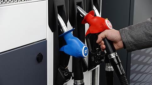 Бензин растет на стимулах // Можно ли избежать подорожания топлива