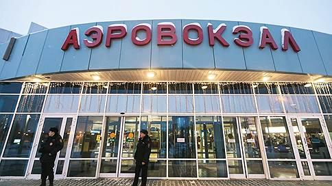 «Этот человек не ходил по самолету и не угрожал пассажирам» // Очевидец ЧП на рейсе Сургут-Москва — о поведении задержанного мужчины