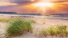 «Остров привлекает туристов своими пляжами и тишиной»