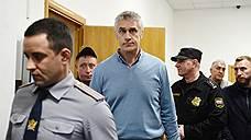 Майкла Калви отпустили под домашний арест