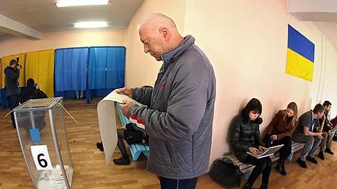 Зеленский и Порошенко подошли ко второму туру  / Меняется ли отношение украинцев к кандидатам
