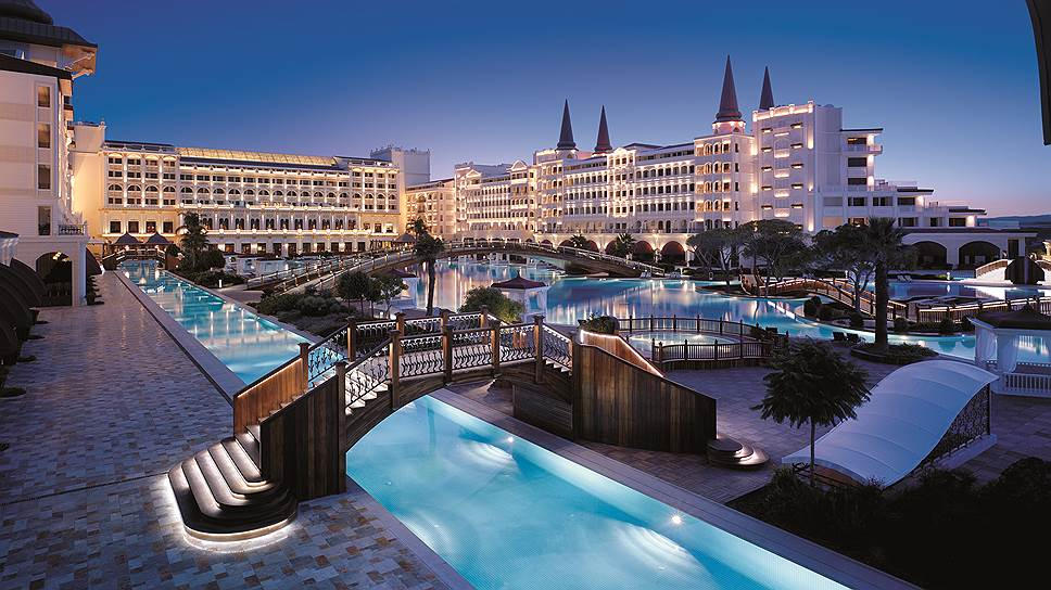 Как сеть Titanic Hotels восстановила турецкий дворец