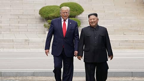 Дональд Трамп шагнул в историю // Изменит ли незапланированная встреча отношения КНДР и США