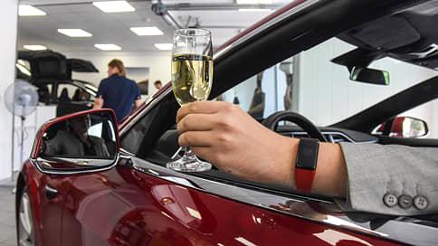 Люксовые автомобили оказались вне зоны роскоши // Нужно ли совершенствовать механизм исчисления транспортного налога