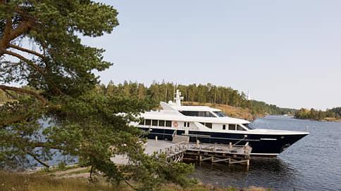 Яхта «Паллада» зашла в сомнительную историю // Что известно о скандале и можно ли взять в аренду принадлежащее РПЦ судно