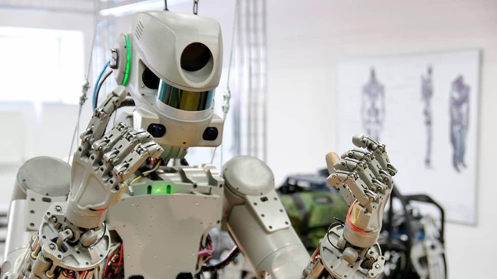 Какие задачи ставили перед роботом Федором в космосе