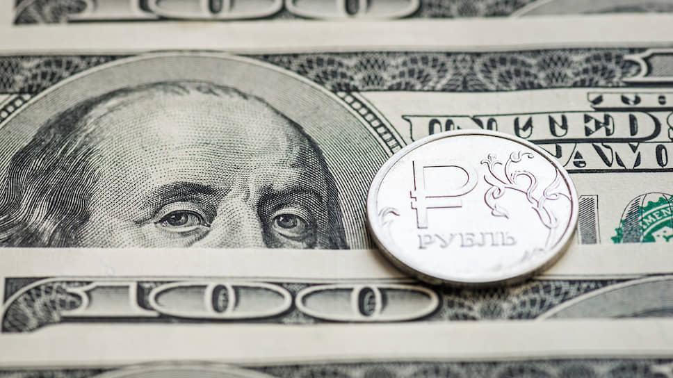 Как рубль поддержали нефть и торговая война США и Китая