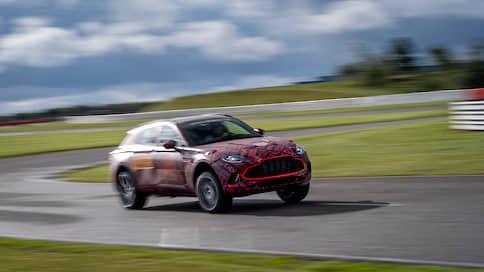 «С ним в компании связывают большие надежды»  / Дмитрий Гронский — о кроссовере Aston Martin