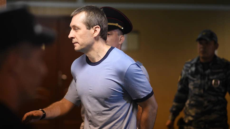 Бывший полковник МВД Дмитрий Захарченко
