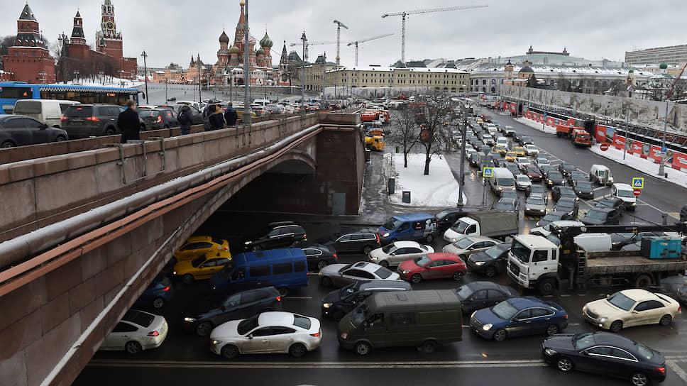Как Москва меняет стратегиюборьбы с пробками