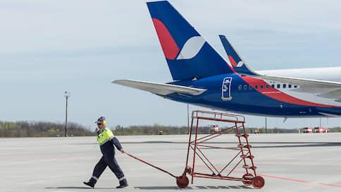 Самолеты не спешат в отечественный реестр // Почему Azur Air не сдержала данное Росавиации обещание по регистрации флота