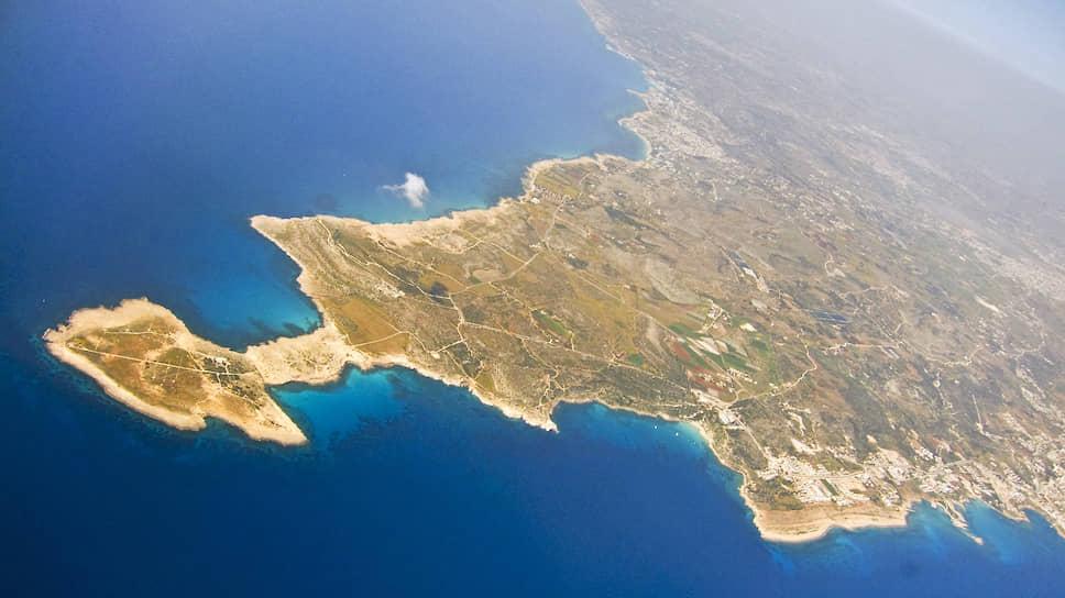 Кого Кипр мог лишить гражданства