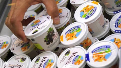 Два бренда поспорили из-за коровки на зеленом лугу  / Кому из производителей молочной продукции оставят товарный знак