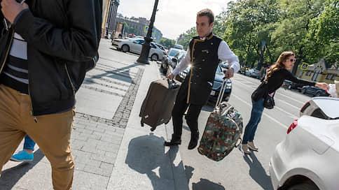 Постояльцы разбирают отели на «гостинцы»  / Какие предметы интерьера туристы предпочитают забирать чаще всего