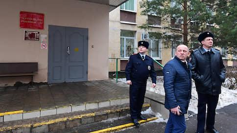 «Виктор Свиридов не был под стражей до приговора»  / Корреспондент РБК — о самоубийстве экс-главы управления ФСИН в здании суда