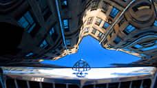 Московские дворы заведут в тупик  / Целесообразно ли ограничивать движение автомобилей в жилых зонах