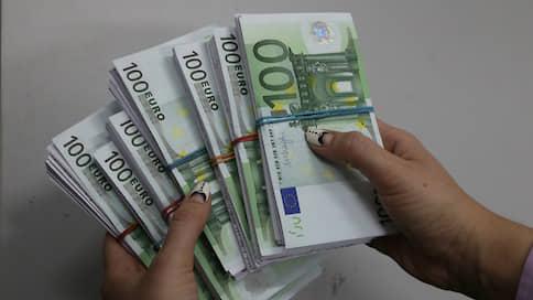 Коронавирус подтолкнул к либерализации  / Снизят ли меры по ослаблению валютного контроля риски для бизнесменов