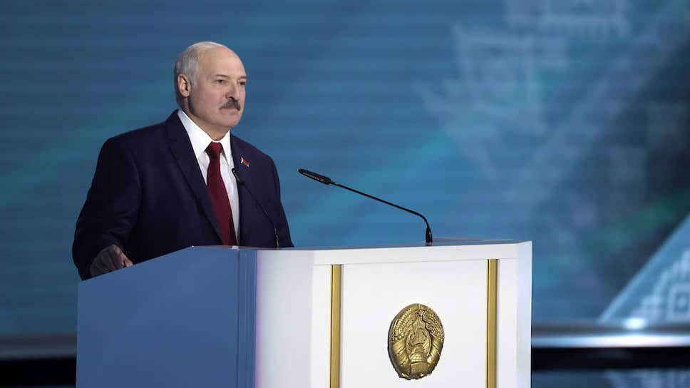 Почему Александр Лукашенко прикрывается «боевиками»