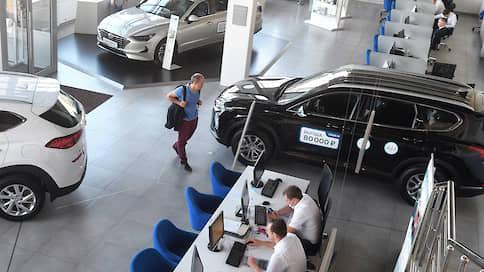 Цены на автомобили пошли вверх  / Как в июле изменилась стоимость легковых машин