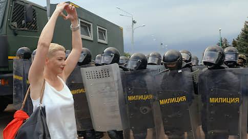 «Позиция официальной власти — выгонять всех, кто не согласен с Лукашенко, из страны» // Белорусский политолог — о попытке выдворить Марию Колесникову
