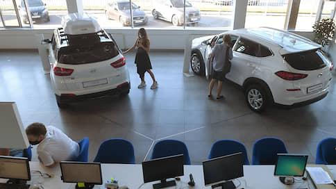 Иномарки обогнали инфляцию // Почему в России цены на машины продолжают расти