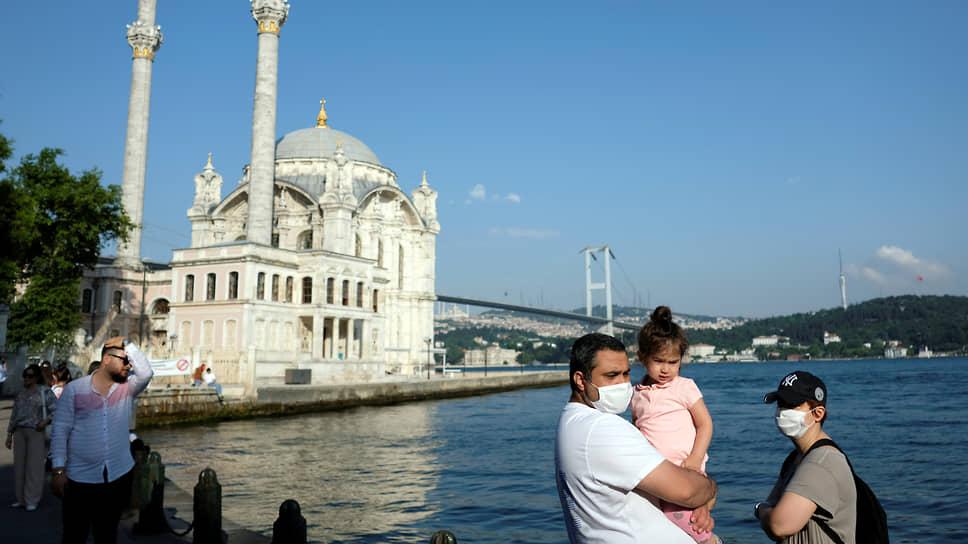 Стоит ли ожидать закрытия турецких курортов из-за роста числа зараженных