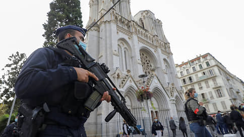 """«Многие люди находятся буквально на грани нервного срыва» // Корреспондент """"Ъ FM"""" во Франции — о нападении террориста в Ницце"""