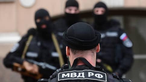 Фальшивых силовиков задержали за форму // Какое наказание может грозить пранкерам из Санкт-Петербурга