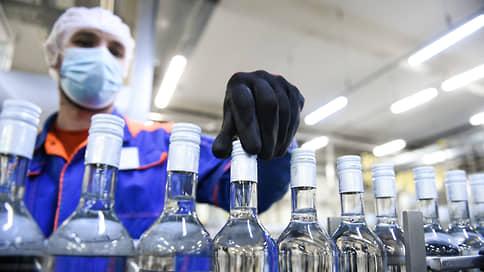 Онлайн-торговлю алкоголем склоняют к легализации // Почему Минпромторг высказался за подобную инициативу