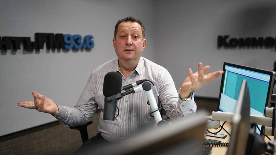 «Силовики сделали очередной подарок Алексею Навальному»