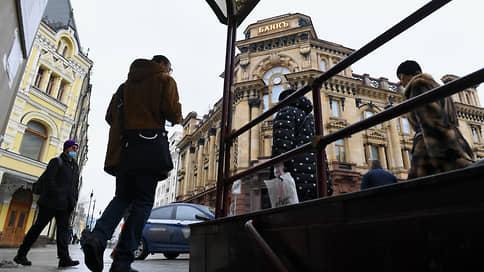 Долги обходят судебных приставов  / Почему граждане стали чаще предъявлять исполнительные листы в банки