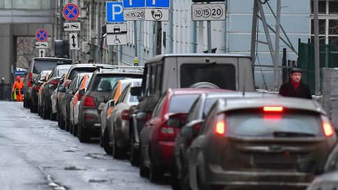Парковки избавят от дисбаланса  / Согласится ли дептранс с предложением общественников об изменении тарифов