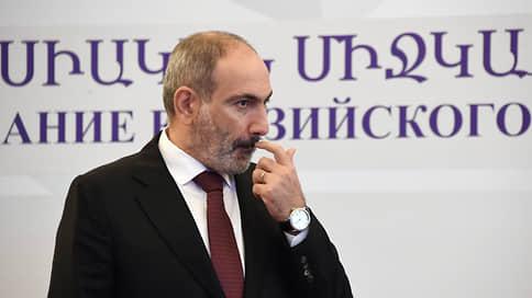 «Глубинные причины конфликта остались» // Эксперт — о политической обстановке в Армении