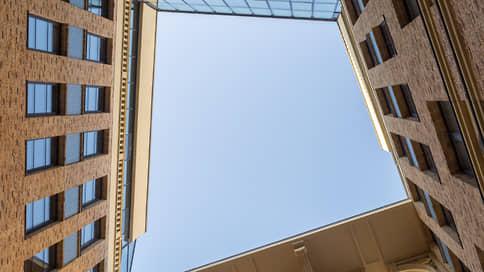 «Число предложений элитного и премиум-классов снизилось до минимума»  / Светлана Бардина — о рынке высокобюджетной недвижимости