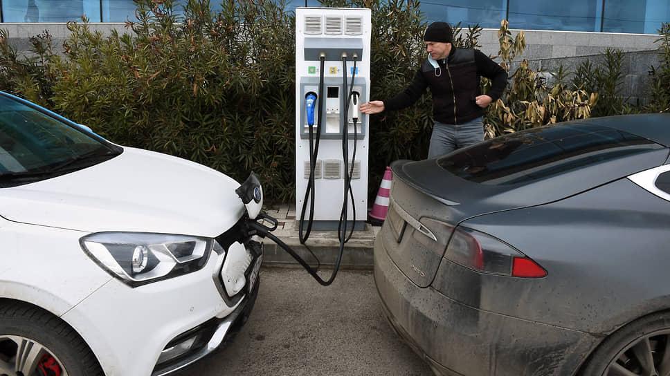 Как электромобилям урежут льготы