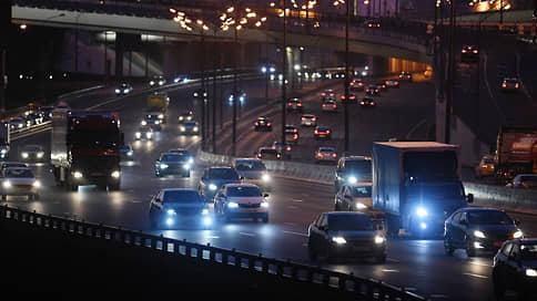 Выдача пропусков рискует подогреть цены на товары  / Какие проблемы с въездом на МКАД возникли у перевозчиков