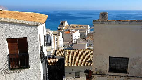 Покупатели нацелились на испанскую недвижимость // Как изменилось число заключенных россиянами сделок из-за коронавируса