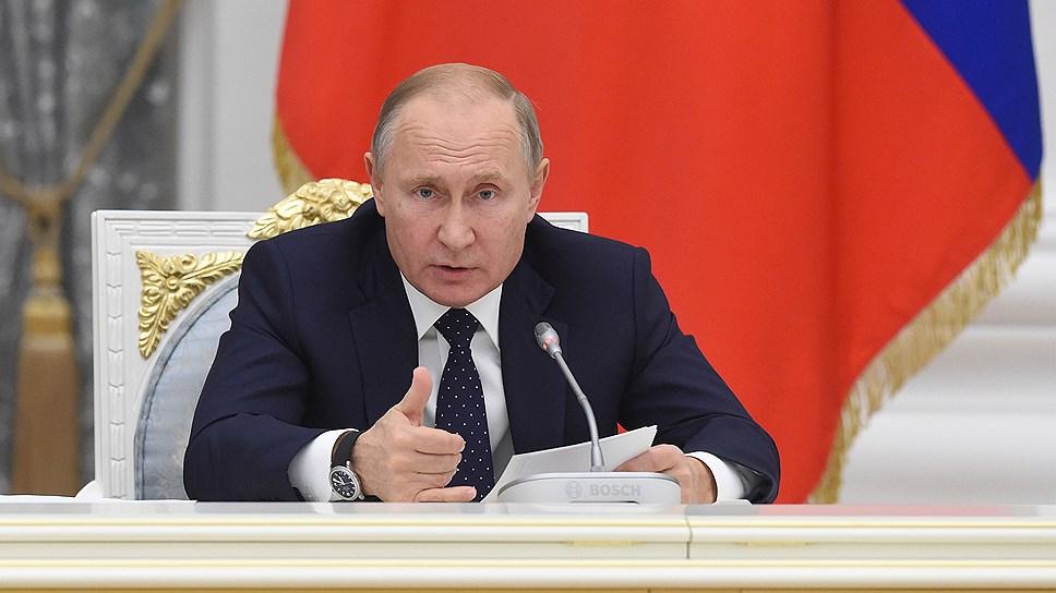 «Надо пойти навстречу людям и дом расселить целиком» / Владимир Путин поручил снести поврежденный взрывом многоподъездный дом в Магнитогорске